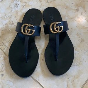 Gucci Maramonte T strap sandal